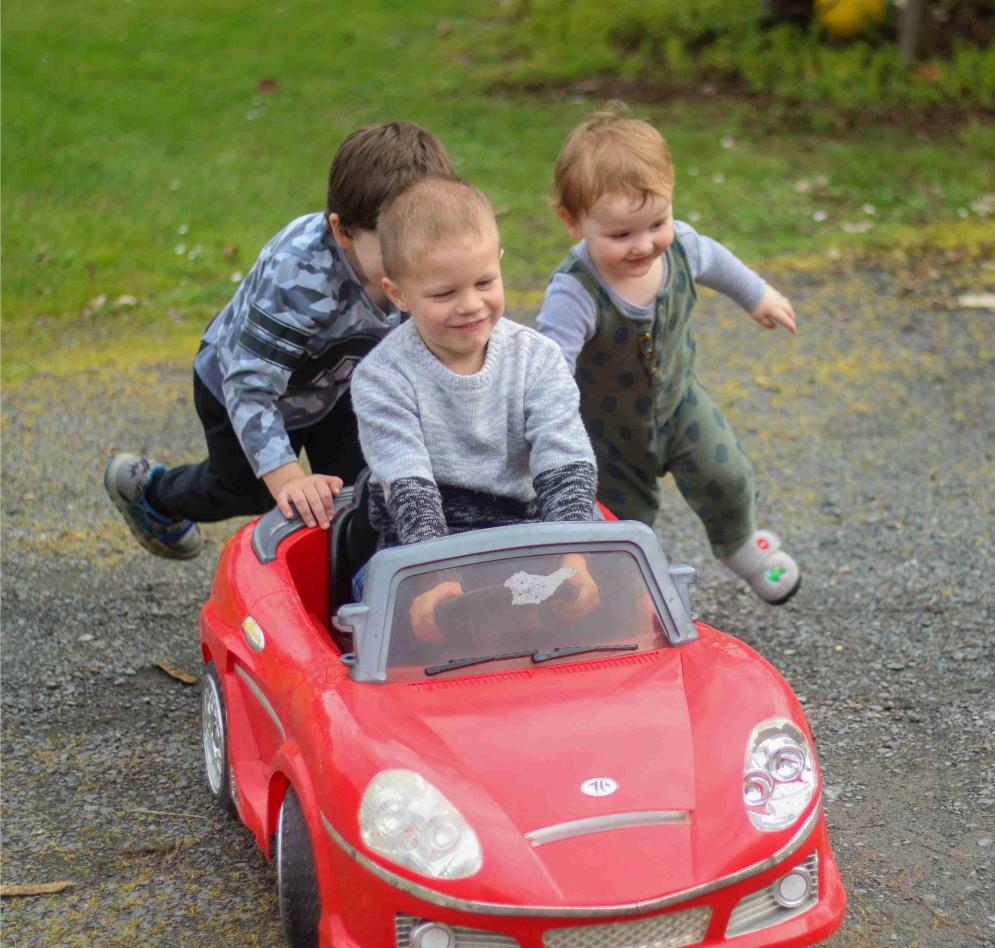 tobbi kids toy car