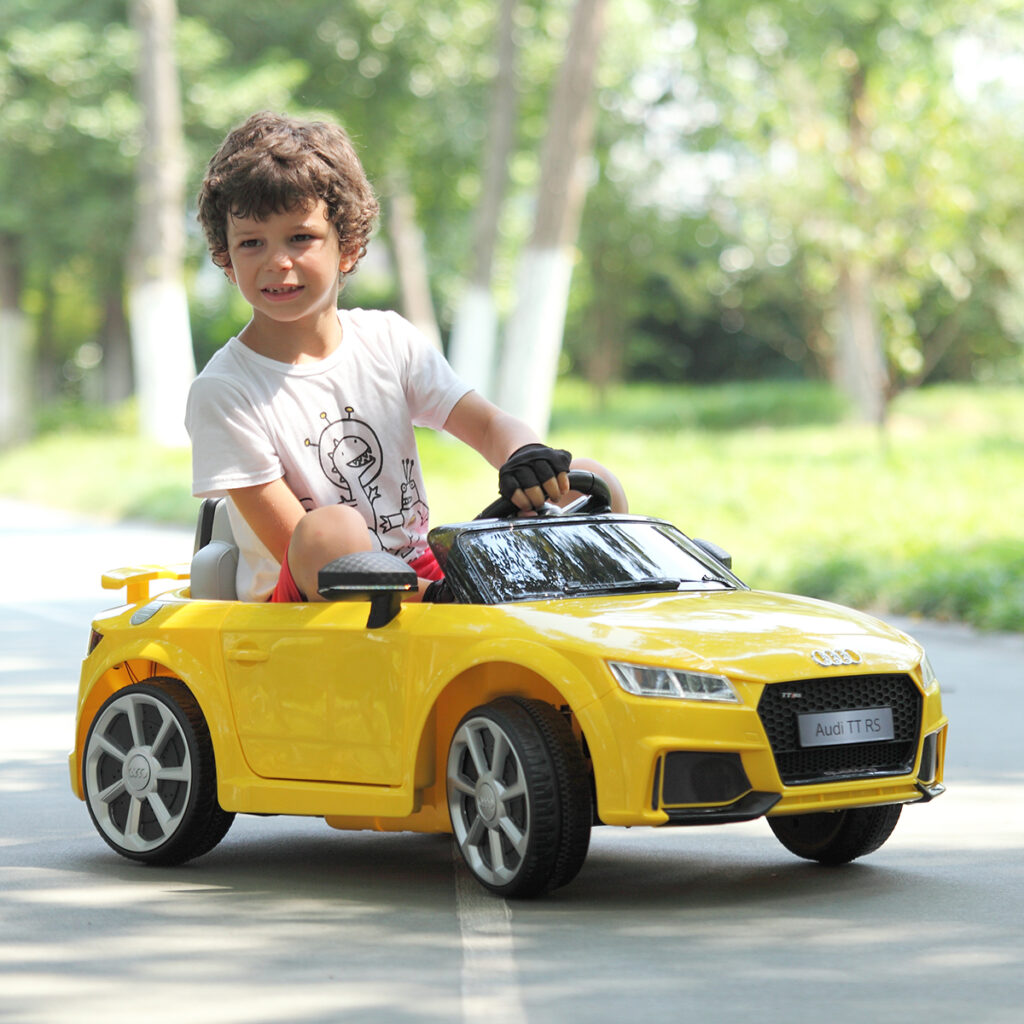 Audi TT RS Ride On Car For Kids With Remote Control, Yellow TH17K0181 wj 15
