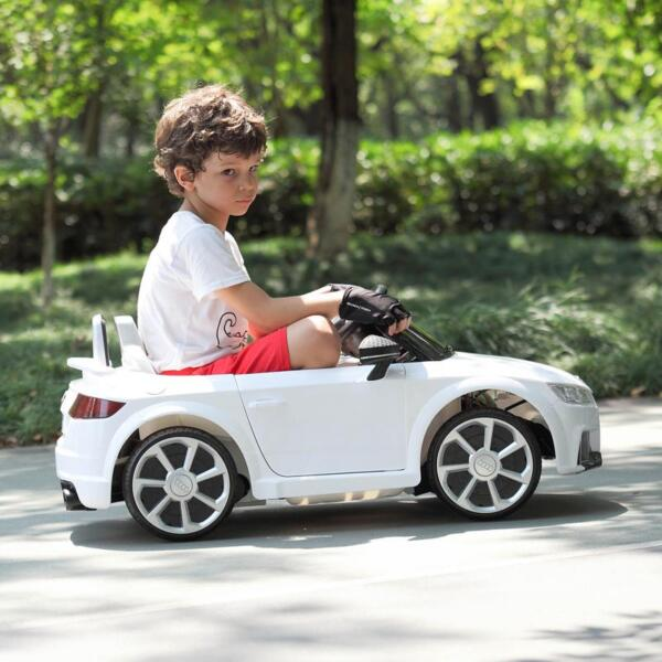 Audi TT RS Ride On Car For Kids With Remote Control, White audi tt rs licensed ride on car white 39