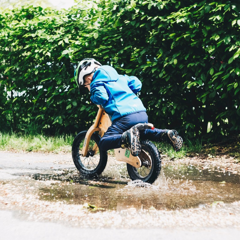 kids motorcycle is a good friend for their growth