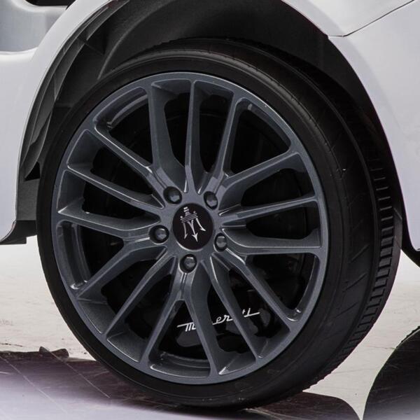 Maserati 12V Rechargeable Toy Vehicle, White maserati 12v rechargeable toy vehicle white 1